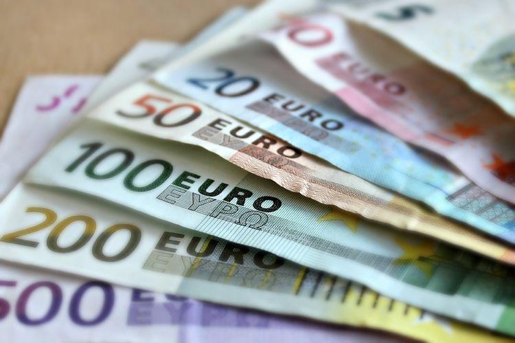79d86fa48 Ekonomiczna katastrofa, czyli kto zyskał, a kto stracił na wprowadzeniu  waluty euro - blog Zbigniew Kuźmiuk