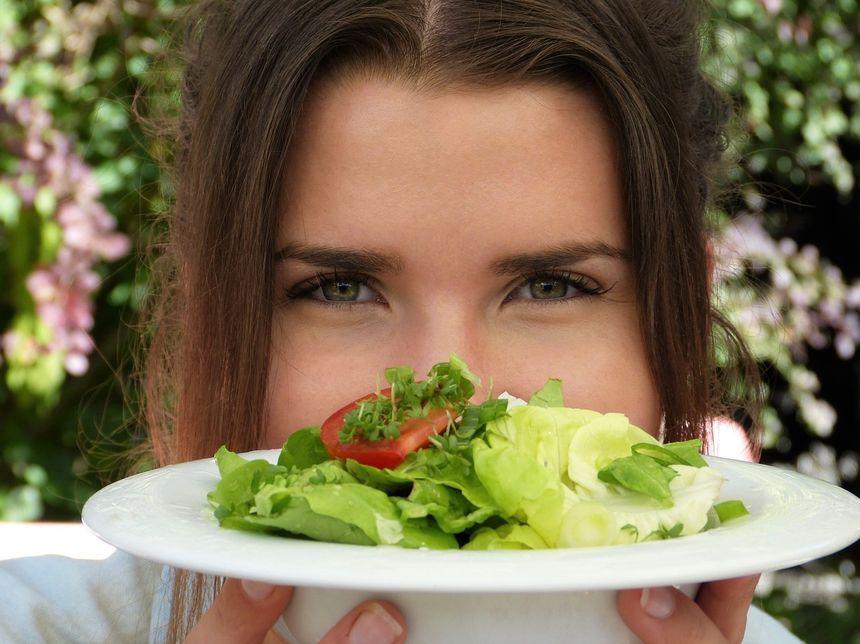 Czy aby schudnąć wystarczy mniej jeść