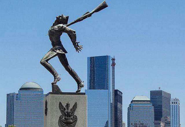 Pomnik Katyński w Jersey City, fot. Wikimedia Commons